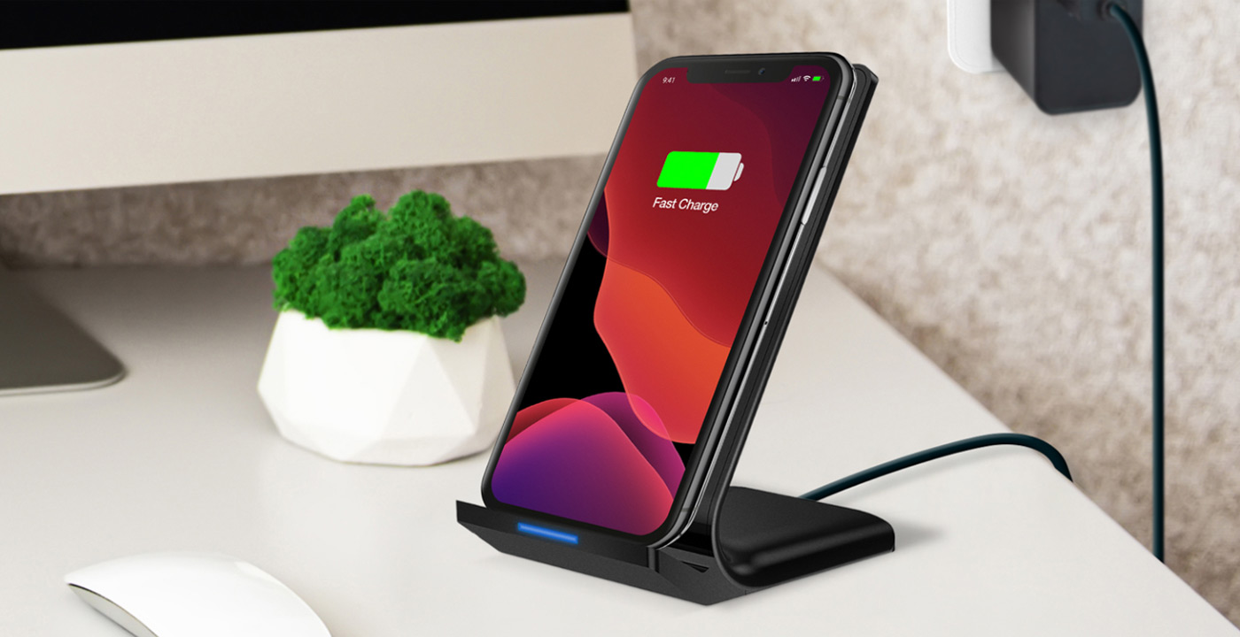 HyperGear 10W Black Dual Coil Wireless Fast Charging Stand